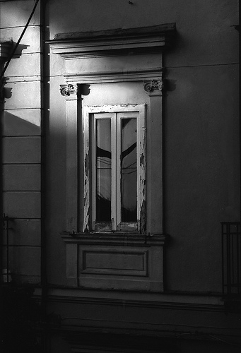 la finestra di fronte
