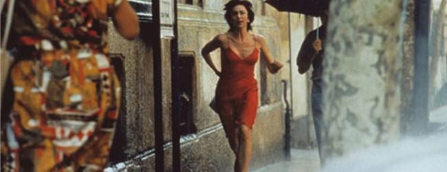 Anna Bonaiuto in una scena tratta dal film L'amore molesto di Mario Martone